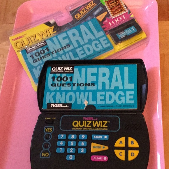 Tiger quiz wiz electronic question and answer game